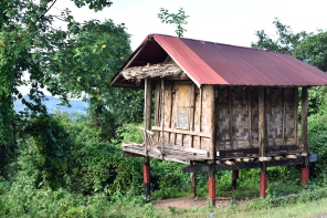 Casa típica en el Laos rural