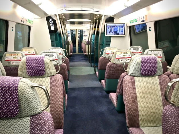 Interior del Airport Express